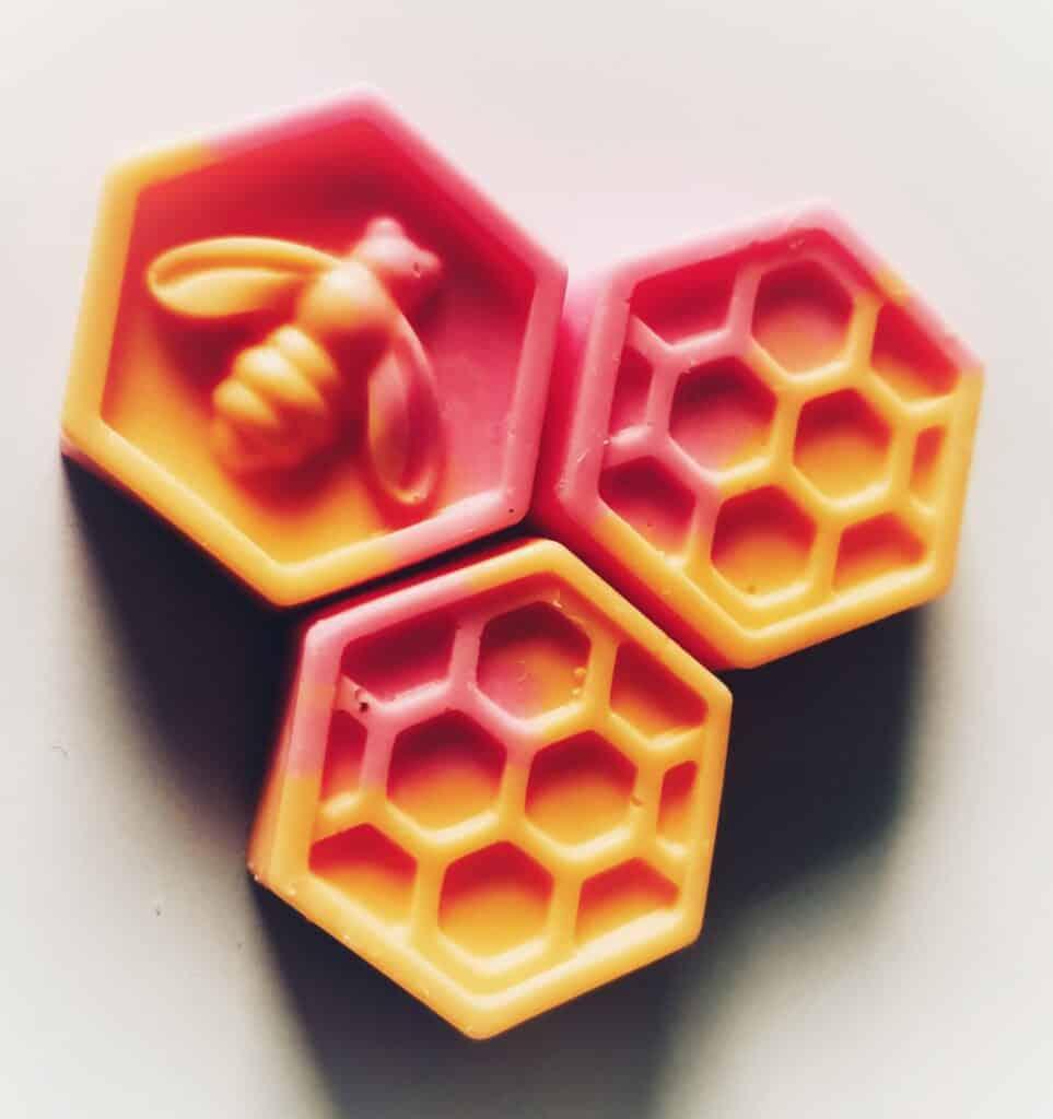 Lots of honeycomb wax melts